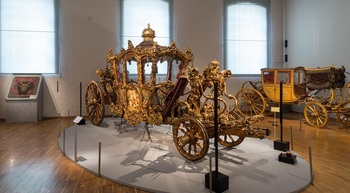 Imperialwagen, Kaiserliche Wagenburg.jpeg