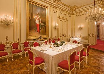 Marie Antoinette Zimmer.jpg
