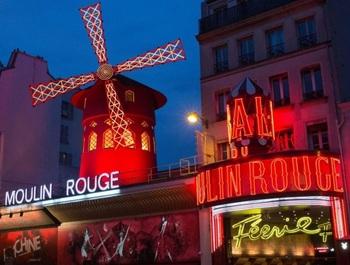 Moulin Rouge exterior.jpg