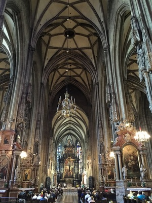 domkirche st. stephan zu wien innen tak.JPG