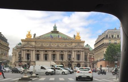 palais garnier façade 1.JPG