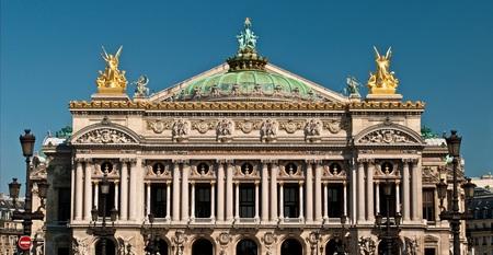 palais garnier façade 2.jpg