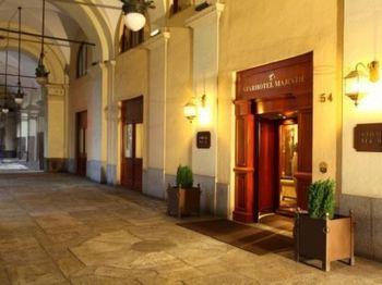 starhotels majestic entrance.jpg