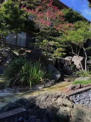 taikanso garden connecting passageway 2.JPG