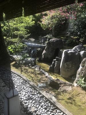 taikanso garden connecting passageway 3.JPG