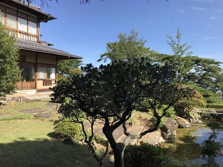 taikanso main building garden.JPG