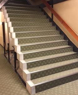 taikanso staircase 1.JPG