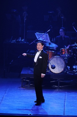 taka the voice frank sinatra 5.JPG