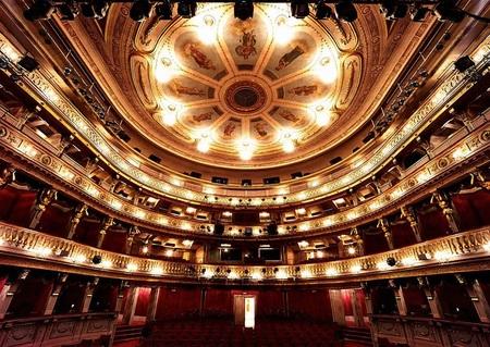 theater an der wien innen2.jpg
